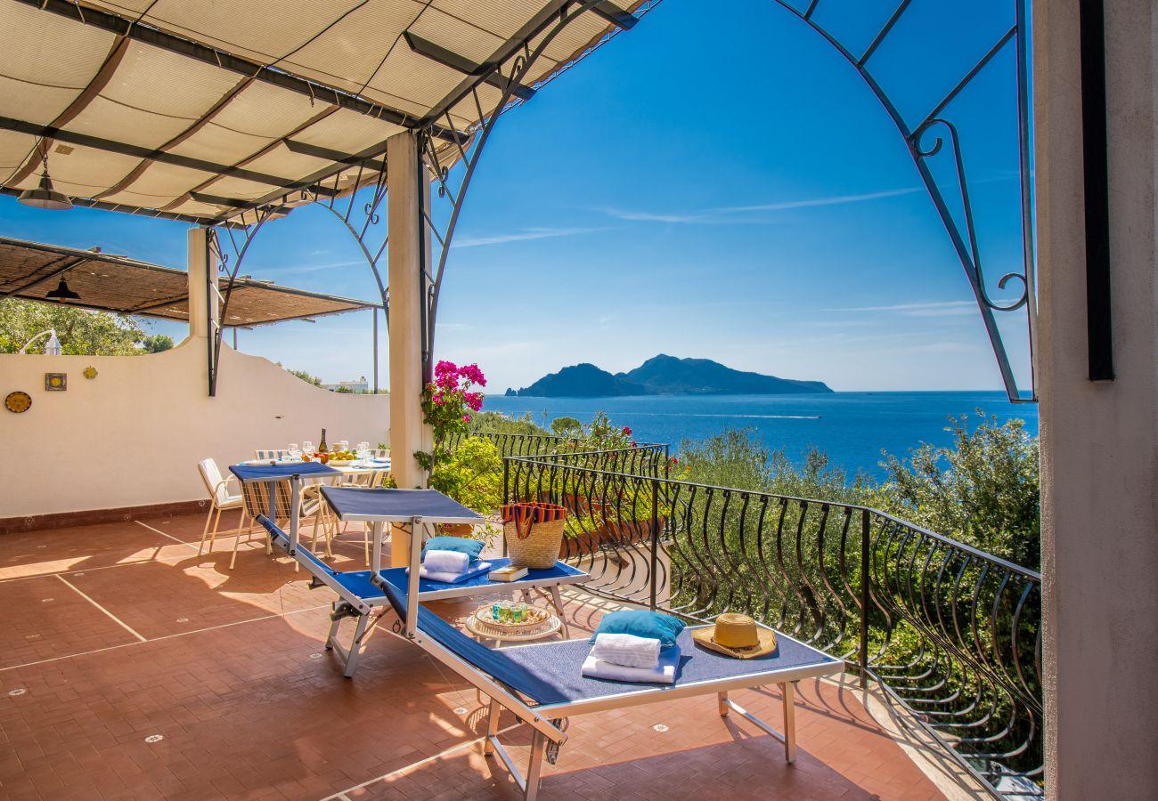 Villa a Massa Lubrense - Villa Viviana. Breathtaking sea views on Capri.