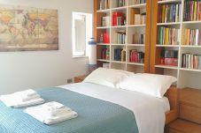 Apartment in Syracuse - Casa Ines design apt and terrace sea...