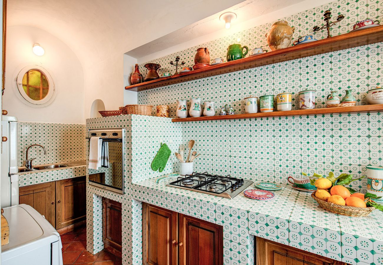bright equipped kitchen holiday home positano